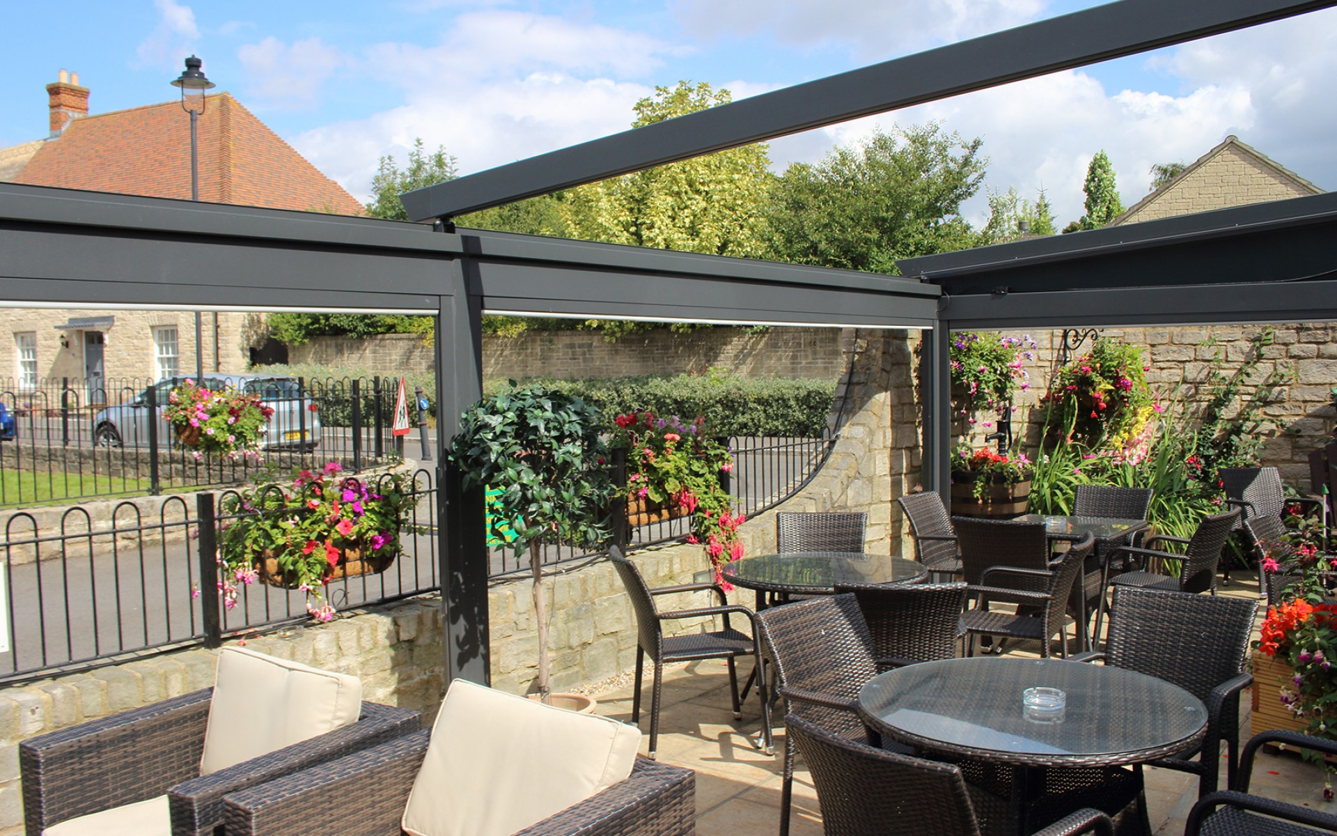 All-Weather Outdoor Shading Structures - Restaurants by ...