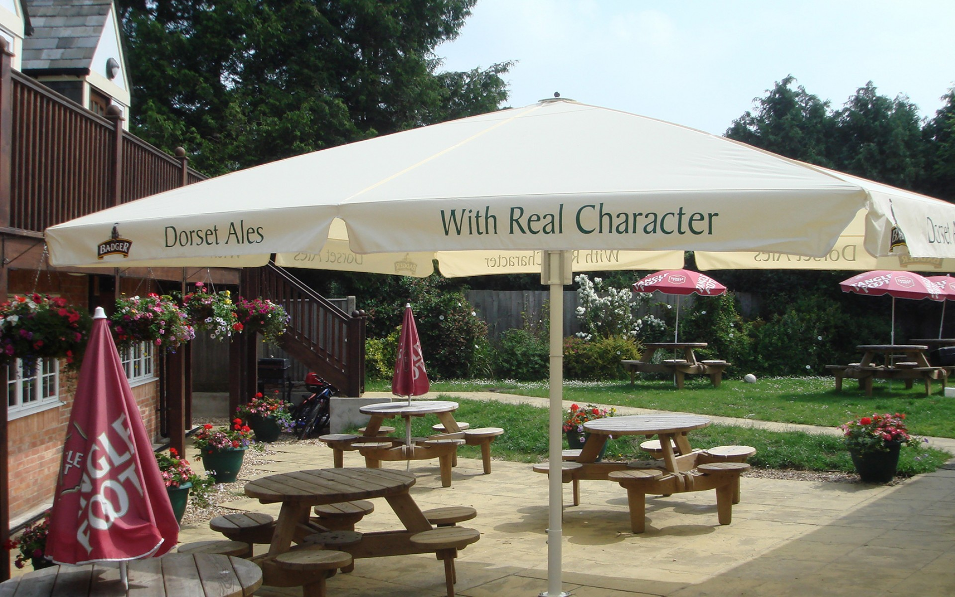 Sun And Weather Protection For Outdoor Pub Tables Umbrellas